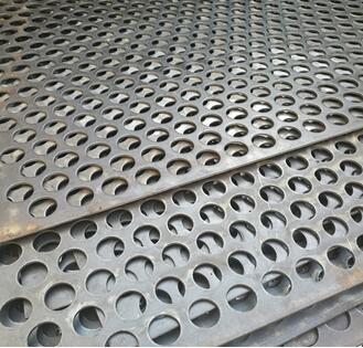 不锈钢冲孔网.jpg